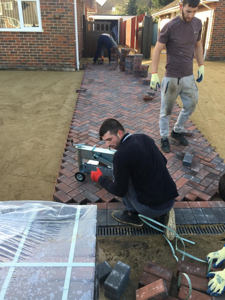 Bricks Quickly Laid in Position